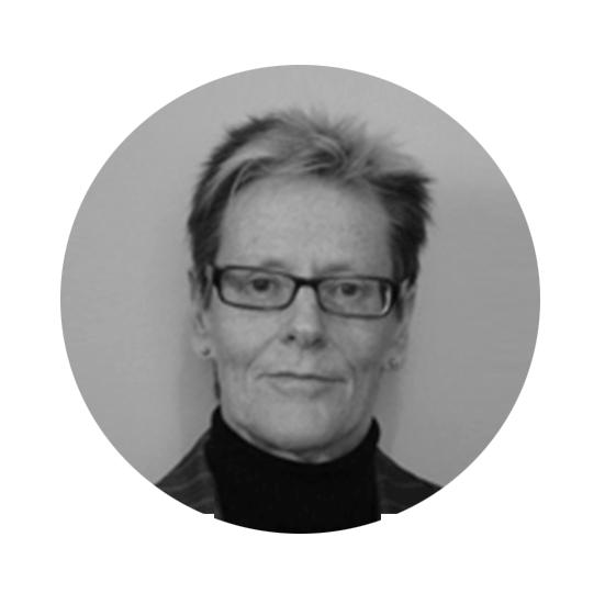 Dr Lynette Jones